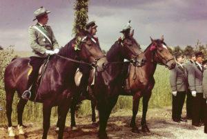 Oberst Vahle mit seinen Adjutanten
